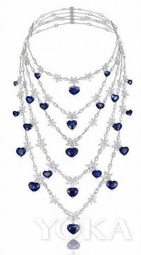 chopard标志性的心形切割蓝宝石项链