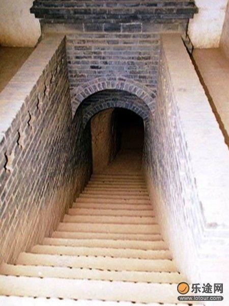 地下城入口