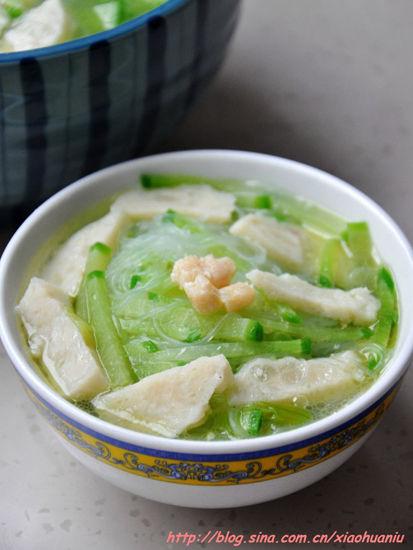 萝卜粉丝鱼丸汤