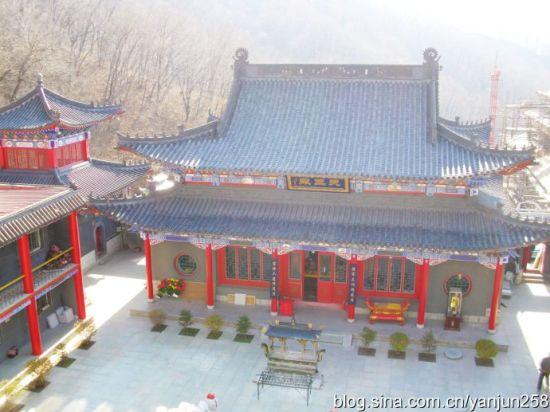 深山坳里探访寺庙 神秘的三宝菩提寺_吉林微生活旅游图片