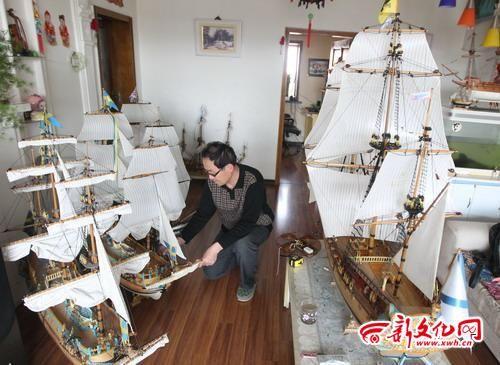 江城60岁木匠制作八艘古帆船模型(组图)