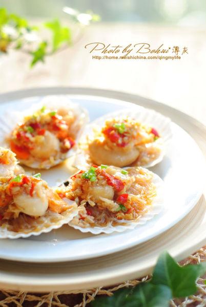 海鲜家常制 蒜蓉粉丝蒸扇贝