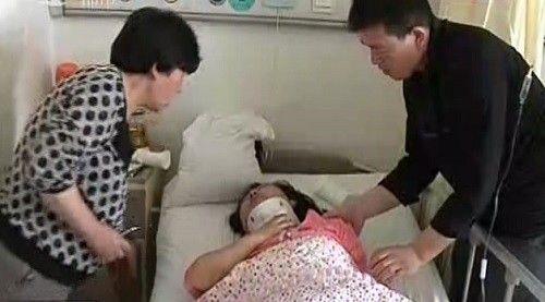 宋女士、伤者和伤者丈夫视频截图