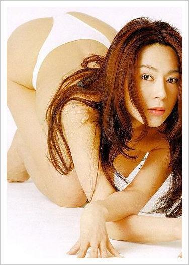 王菲大尺度性感旧照疯传 曝20位女星大尺度写真图片