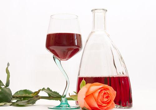芒种夏至天:葡萄酒养生要讲究