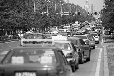 汽车尾气排放严重污染空气