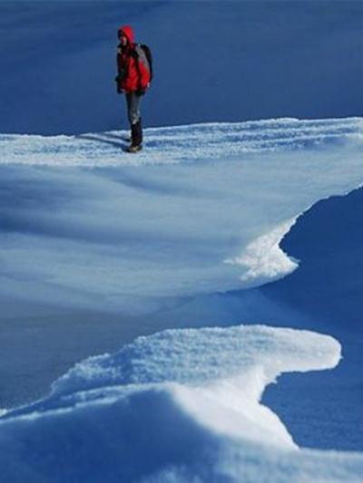 自然雕琢的雪上世界