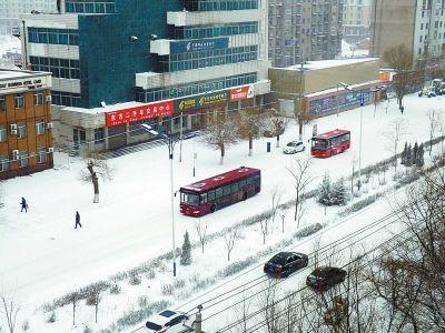 四平市昨日迎今年最强降雪天气