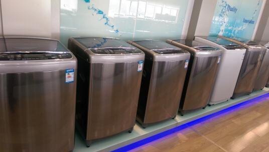 中欧洗衣机的钢体设计的内筒以及强化的涡轮都让其