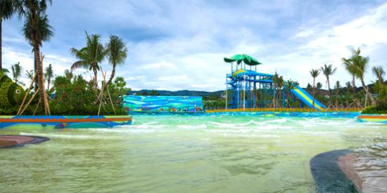 雨林里冲浪 在万达主题乐园没有不可能